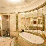 emperorsuite_bathroom