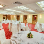 meeting-room-round-tables